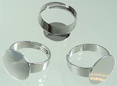 Metaal vingerring, rond (15mm) (in maat verstelbaar >=19mm)